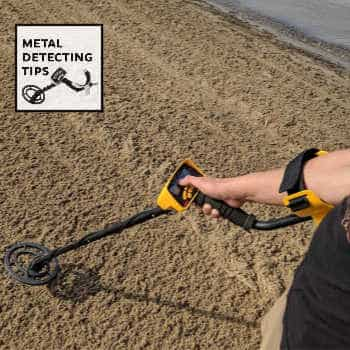 Metal Detecting at the Beach Grand Bend Ontario