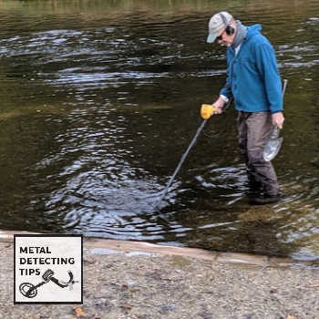 Metal-Detecting-in-Rivers